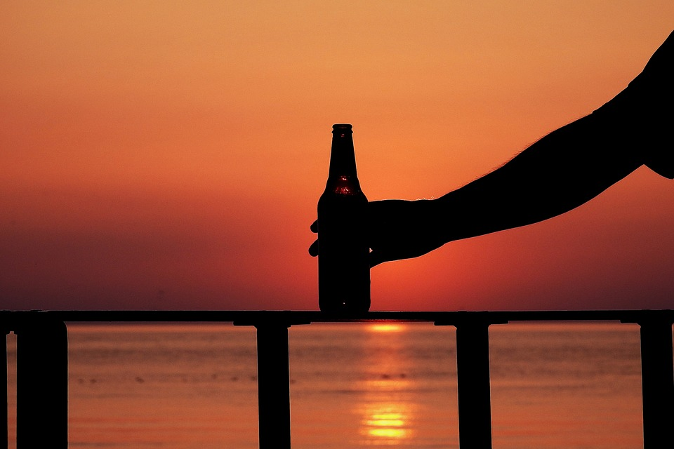 Beer – the most suitable alcoholic drink in the summer heat
